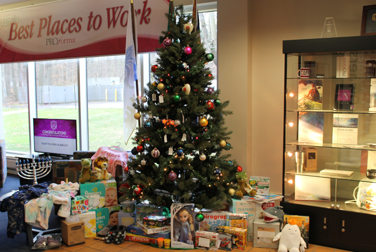 Proforma Gives Back to Local Community with Holiday Fundraising